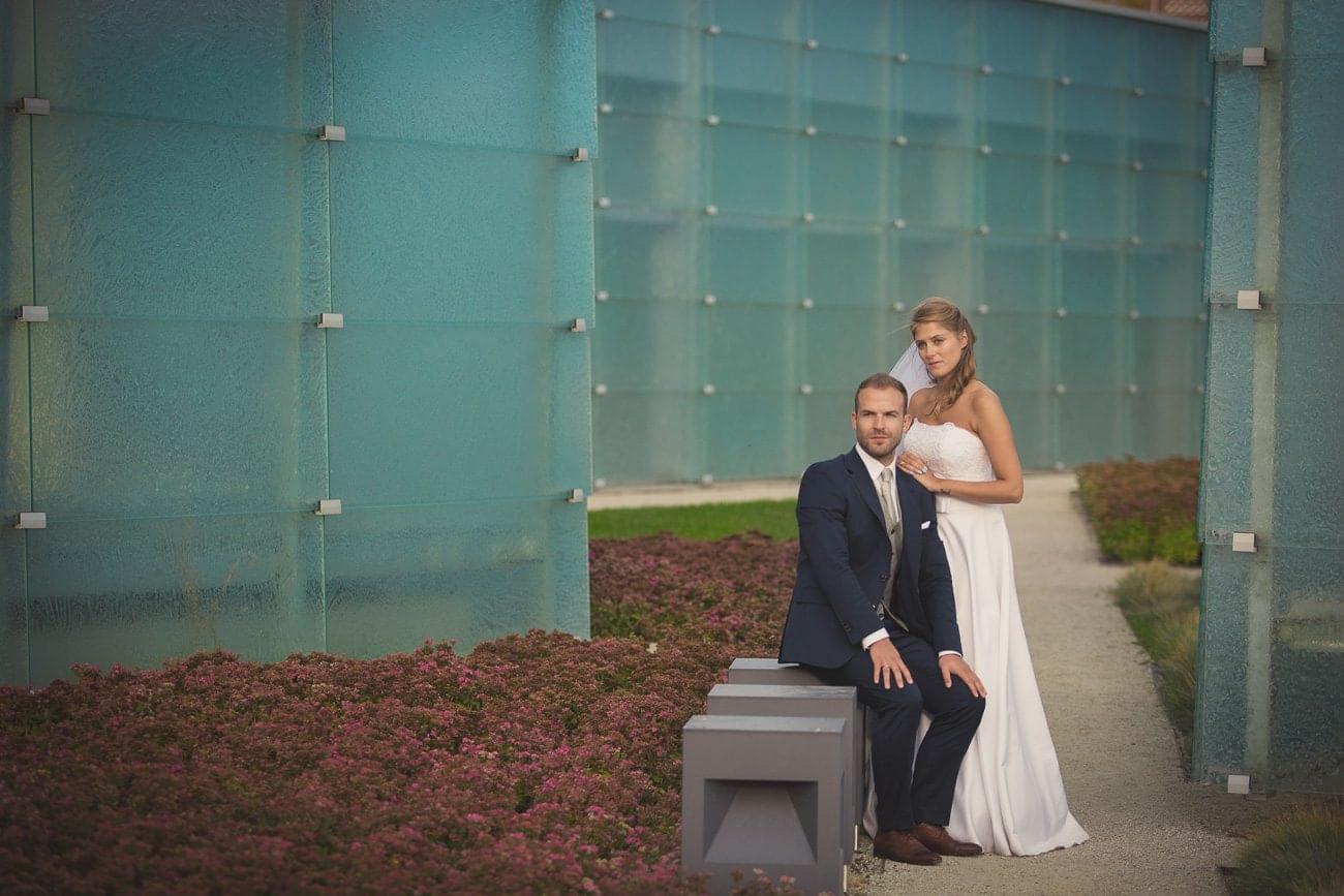 Zdjęcia ślubne na terenie NOSPR w Katowicach